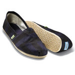1249415294_toms-shoes_1.jpg